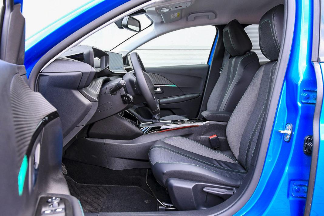 Peugeot 208 - fotele