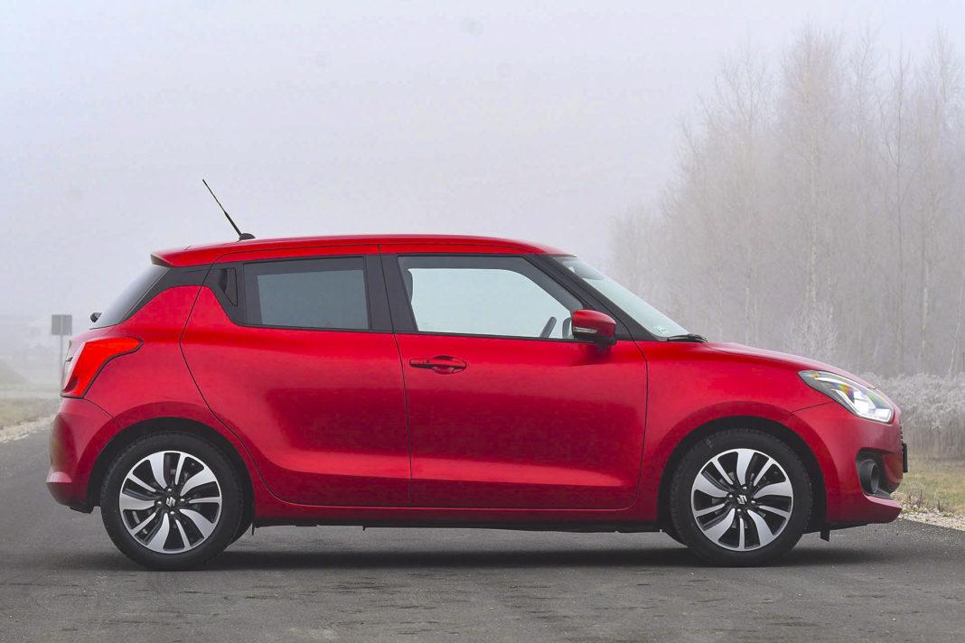 Suzuki Swift - bok