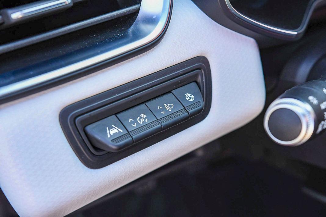 Renault Clio - przełączniki