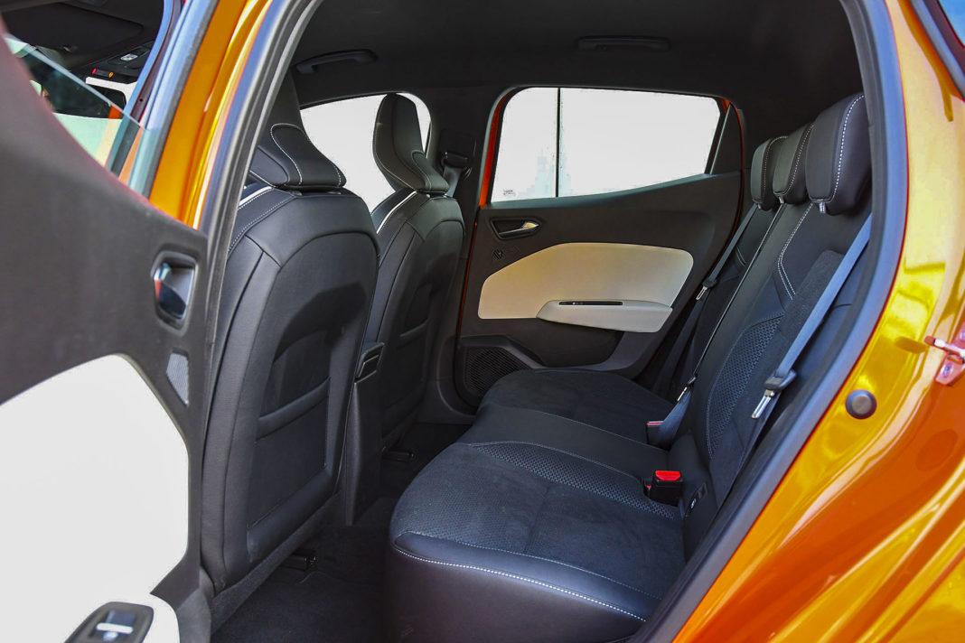 Renault Clio - kanapa