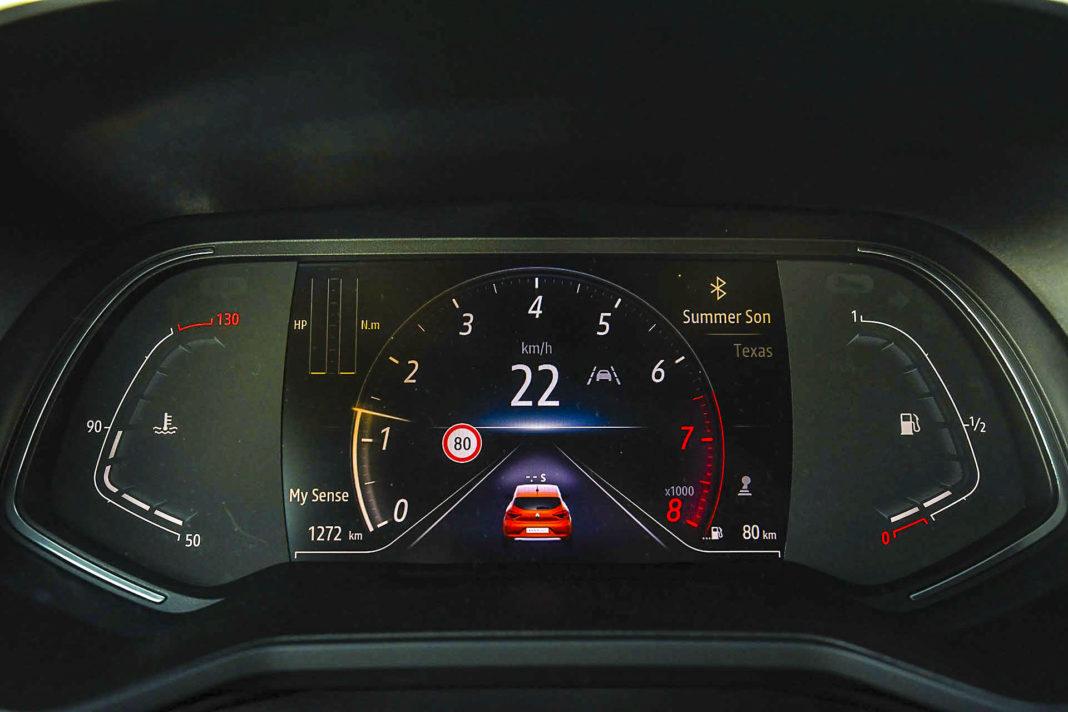 Renault Clio - ekran wskaźników