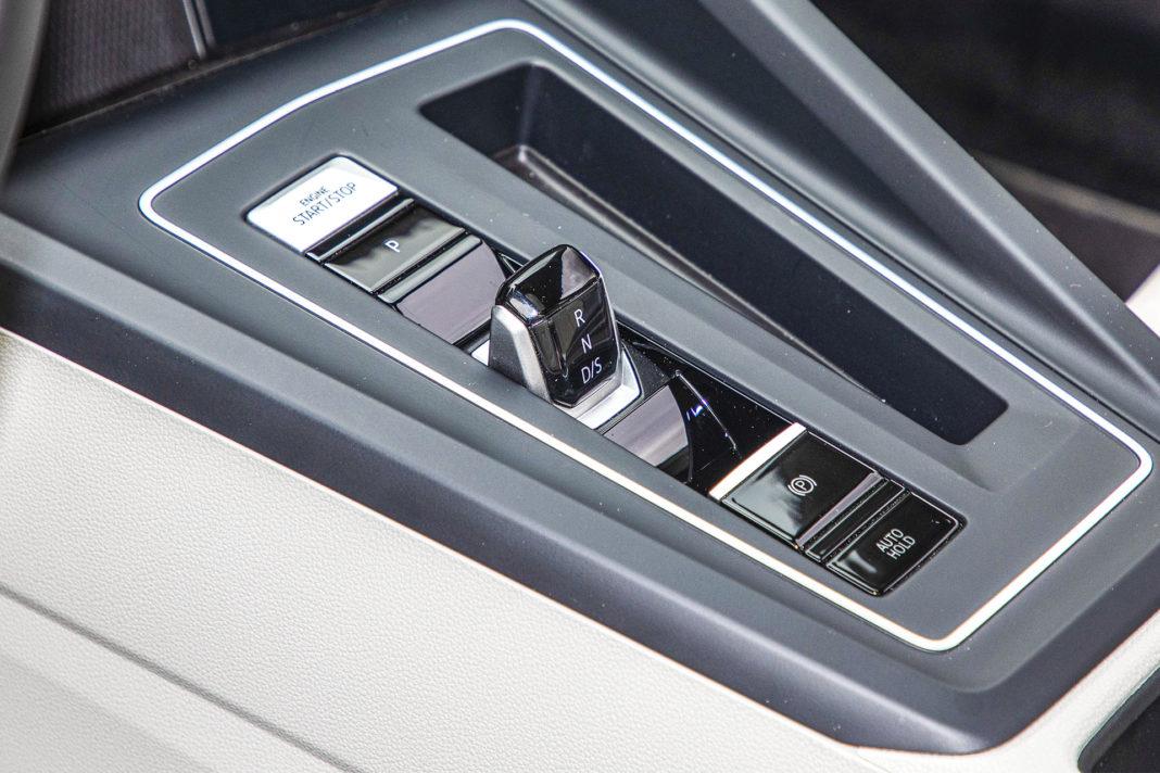 Volkswagen Golf - dźwignia automatu