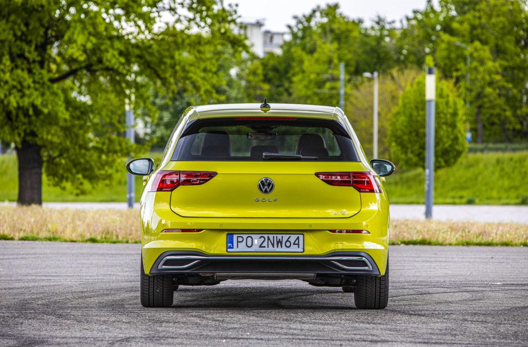 Volkswagen Golf - tył