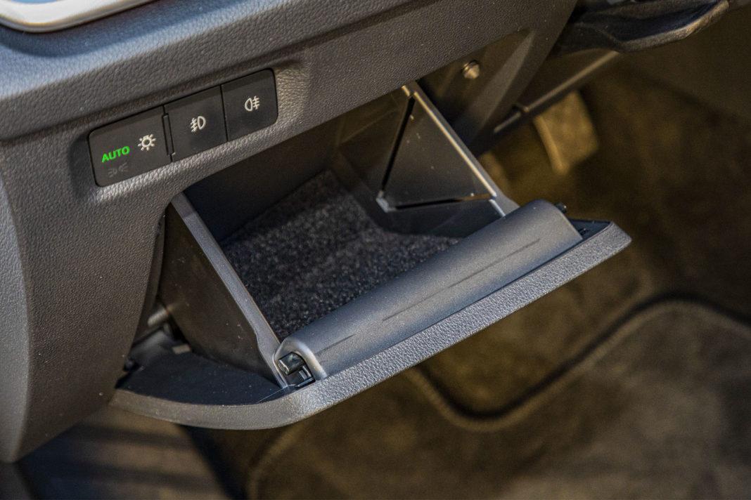 Skoda Octavia IV Combi 1.5 TSI Style test – schowek