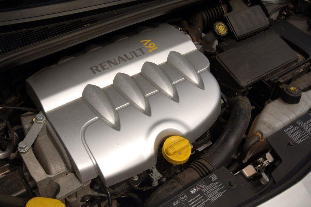 RENAULT Clio III 1.4 16V 98KM 5MT 06-2006
