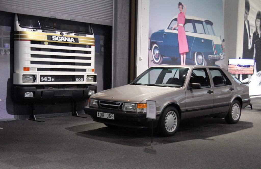 Saab i Scania