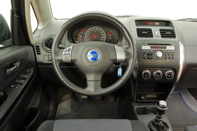 Suzuki SX4 Fiat Sedici 23