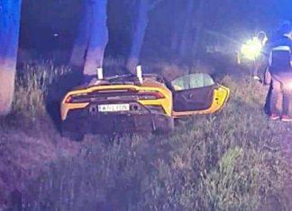 Polski piłkarz miał wypadek. Lamborghini wylądowało w rowie