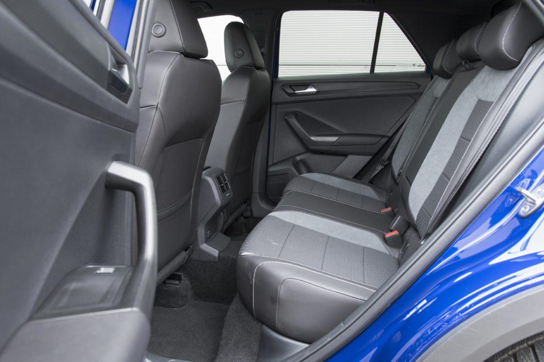 volkswagen-vw-t-roc-2020-test-kanapa-fotele-tylna