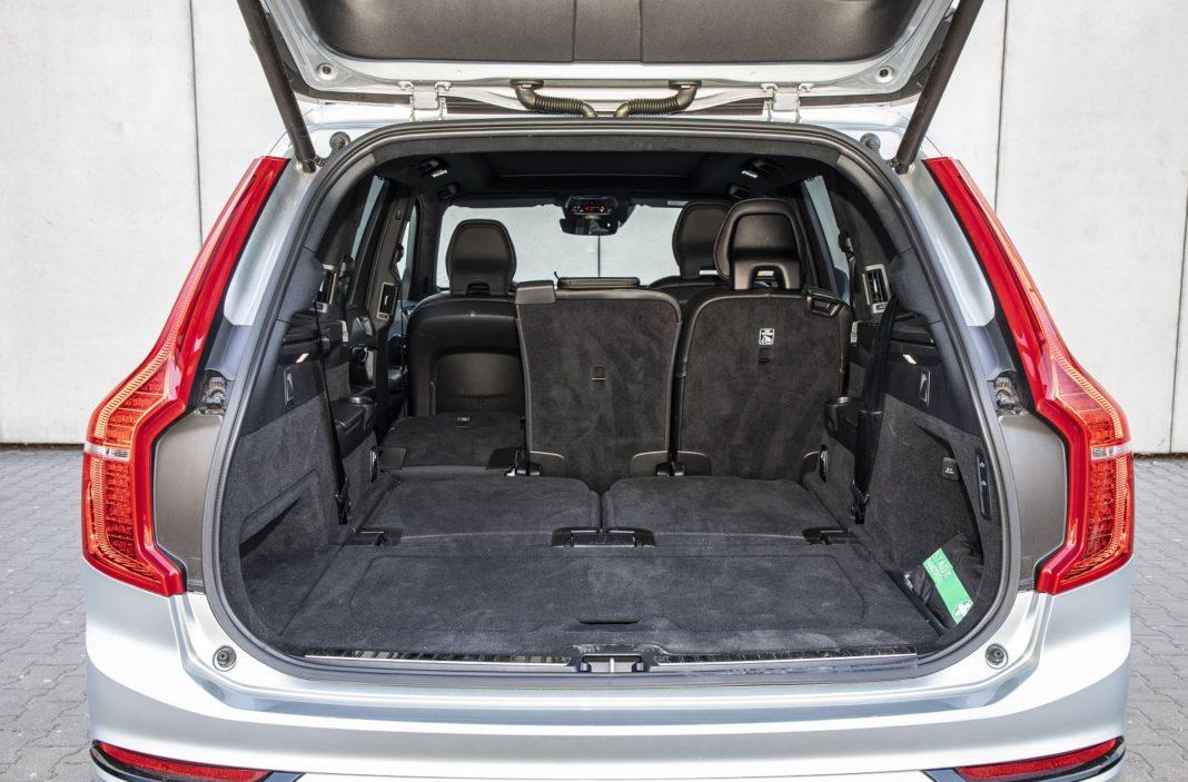 volvo xc90 t8 test 2020 bagażnik 01 spalanie zużycie paliwa opinia