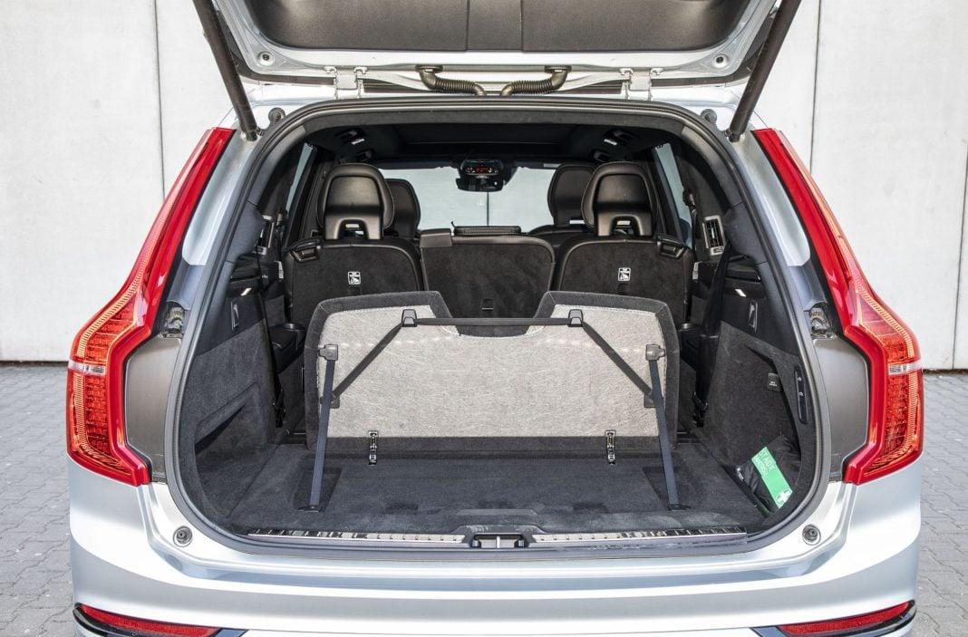 volvo xc90 t8 test 2020 bagażnik 02 spalanie zużycie paliwa opinia