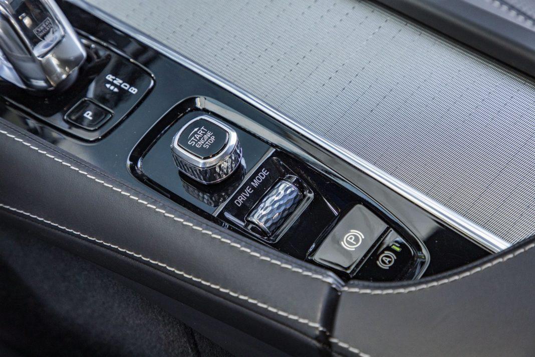 volvo xc90 t8 test 2020 pokrętło trybów jazdy spalanie zużycie paliwa opinia
