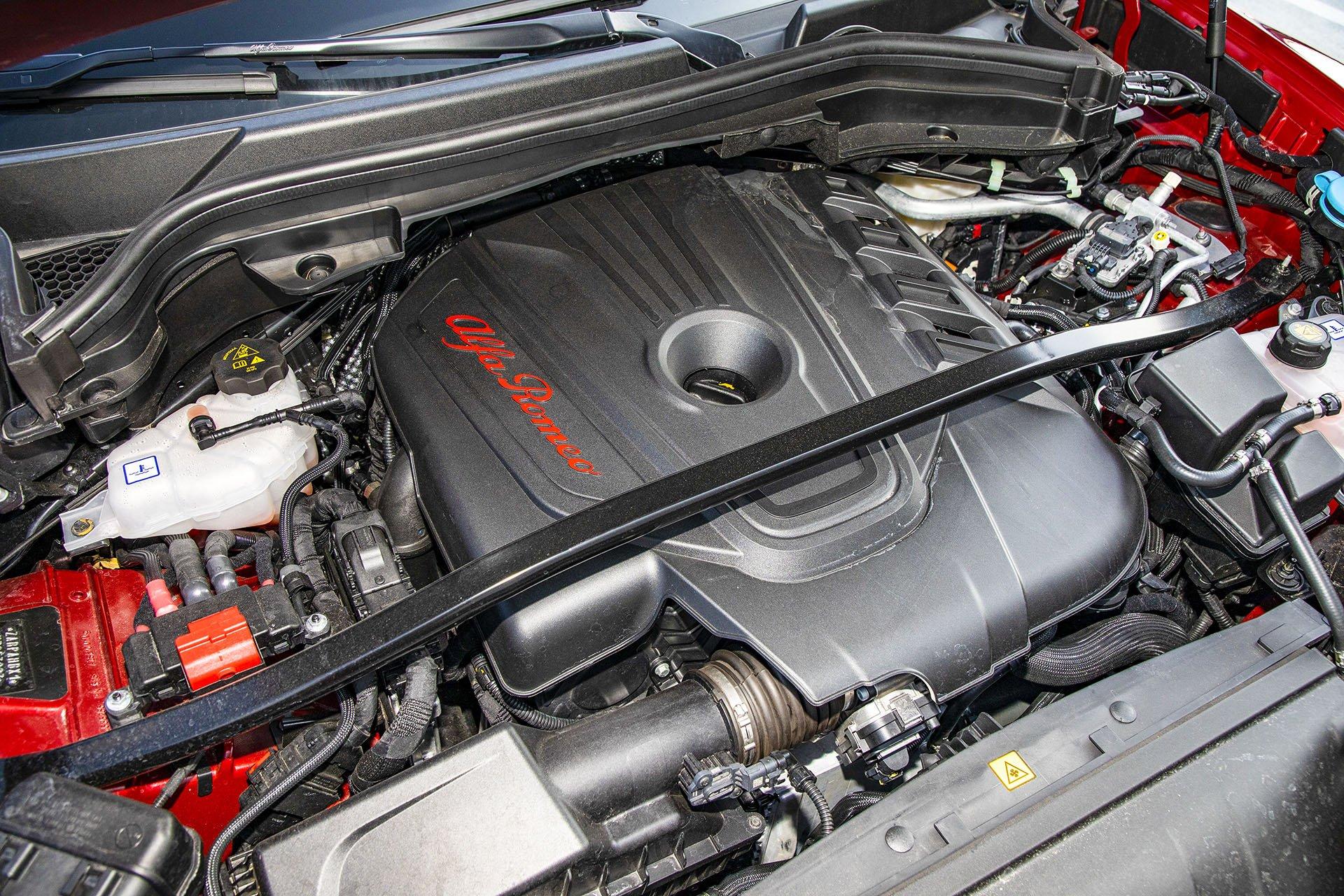 Alfa Romeo Stelvio – silnik