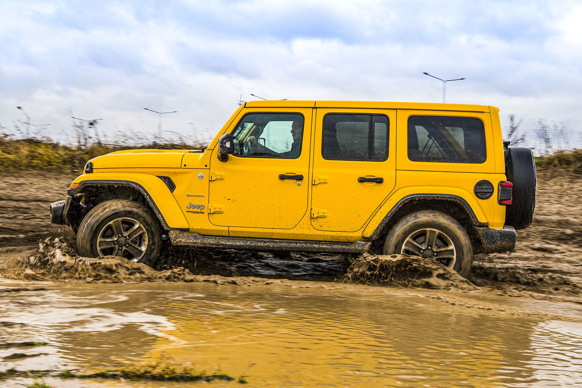 Jeep Wrangler Unlimited – bok