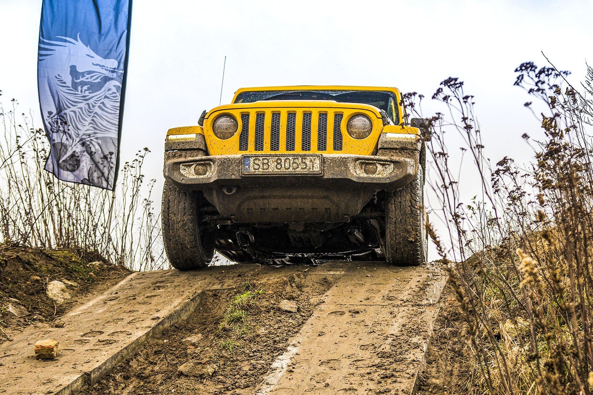Jeep Wrangler Unlimited – przód
