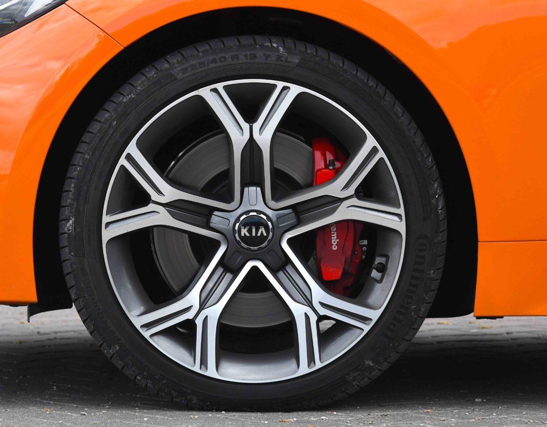 Kia Stinger 3.3 V6 GT - koło