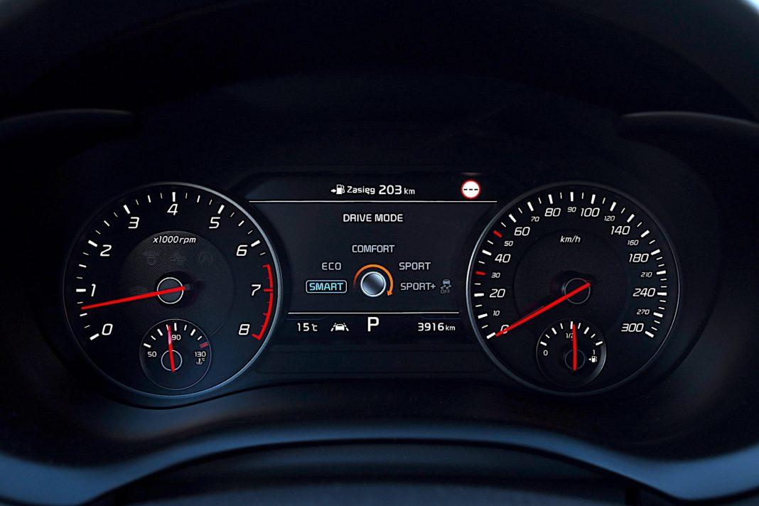 Kia Stinger 3.3 V6 GT - tryby jazdy