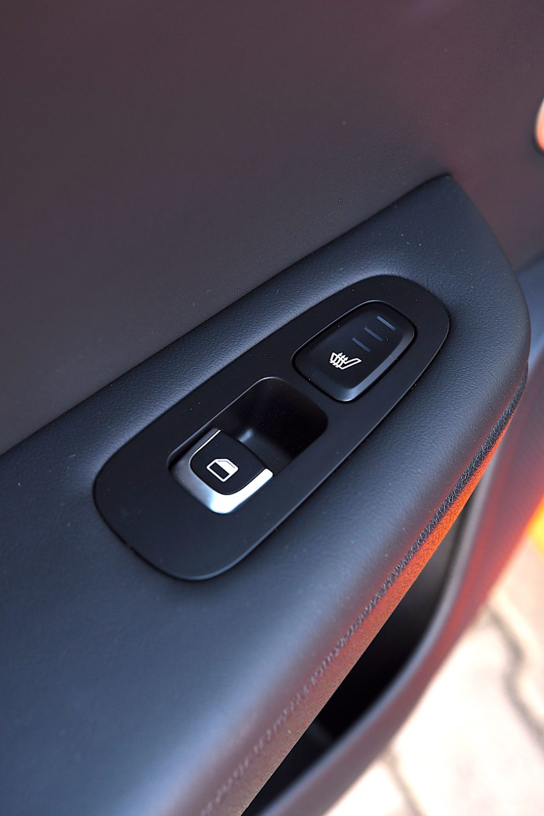 Kia Stinger 3.3 V6 GT - przycisk