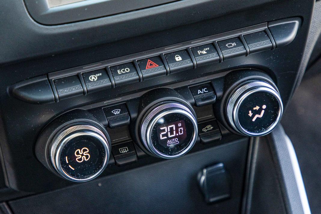 Dacia Duster 1.0 TCE 100 LPG test – panel klimatyzacji