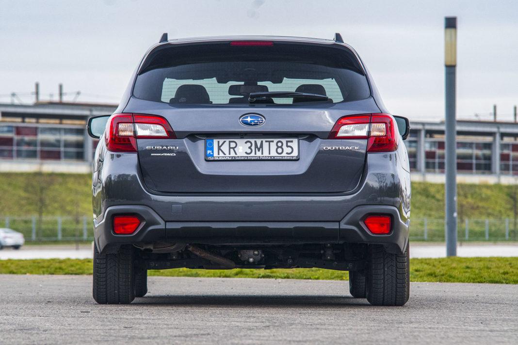Subaru Outback - tył
