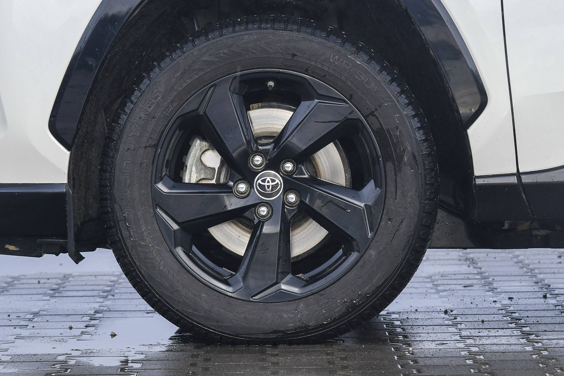 Toyota RAV4 Hybrid – koło