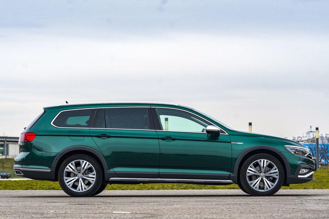 Volkswagen Passat Alltrack - bok