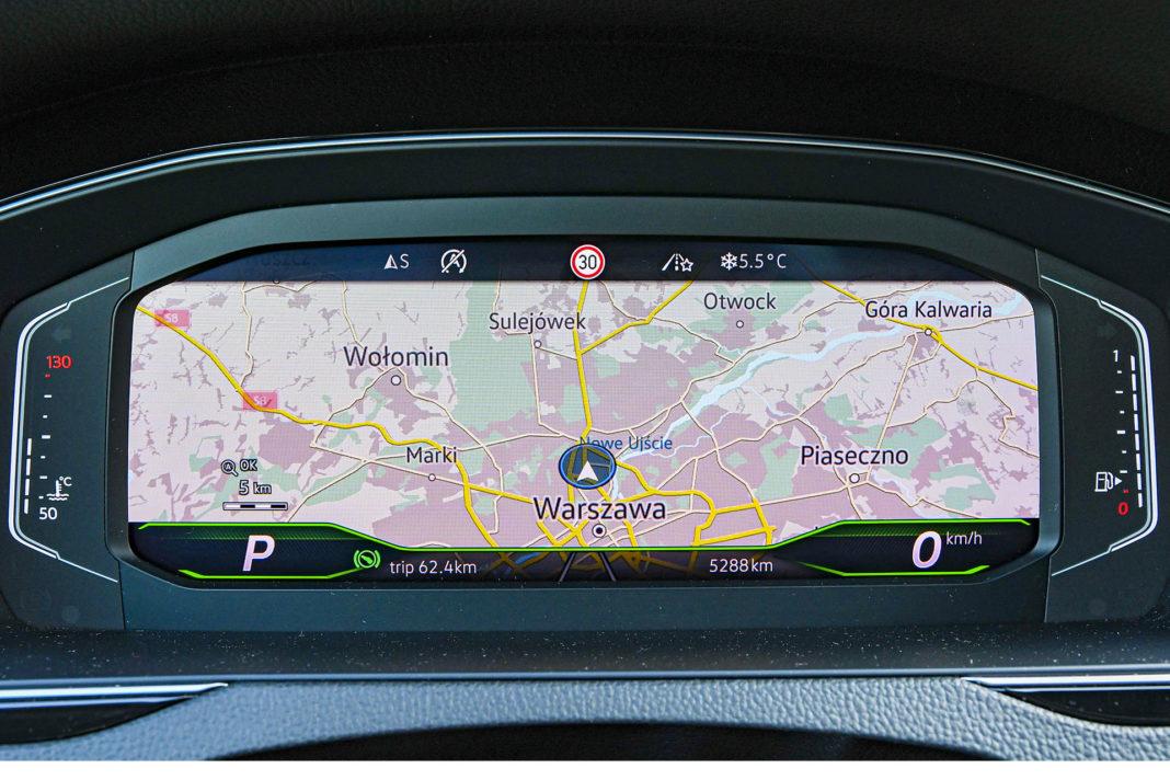 Volkswagen Passat Alltrack - ekran wskaźników