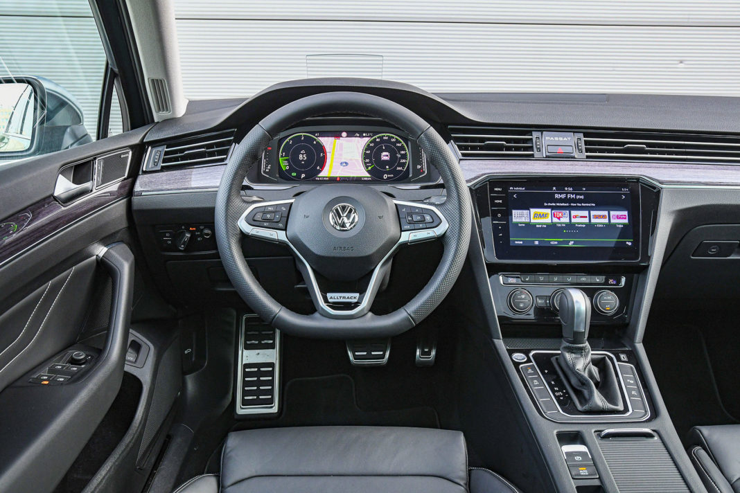 Volkswagen Passat Alltrack - deska rozdzielcza