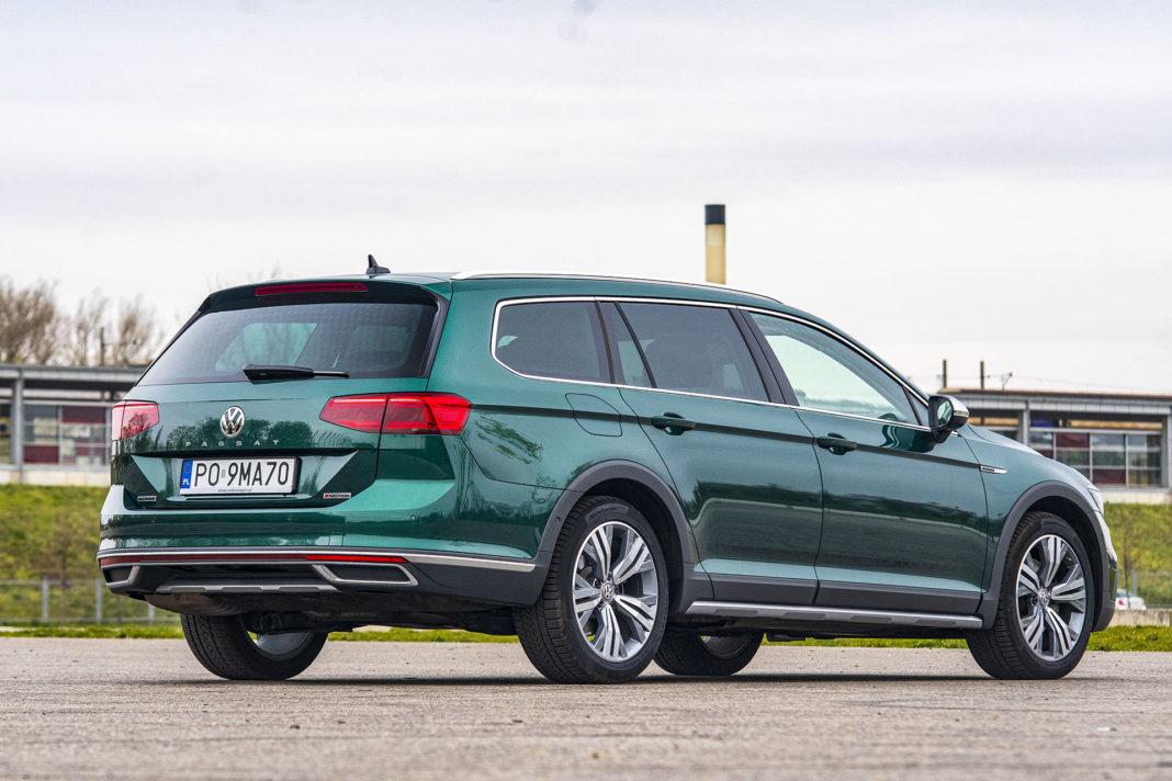 Volkswagen Passat Alltrack - tył