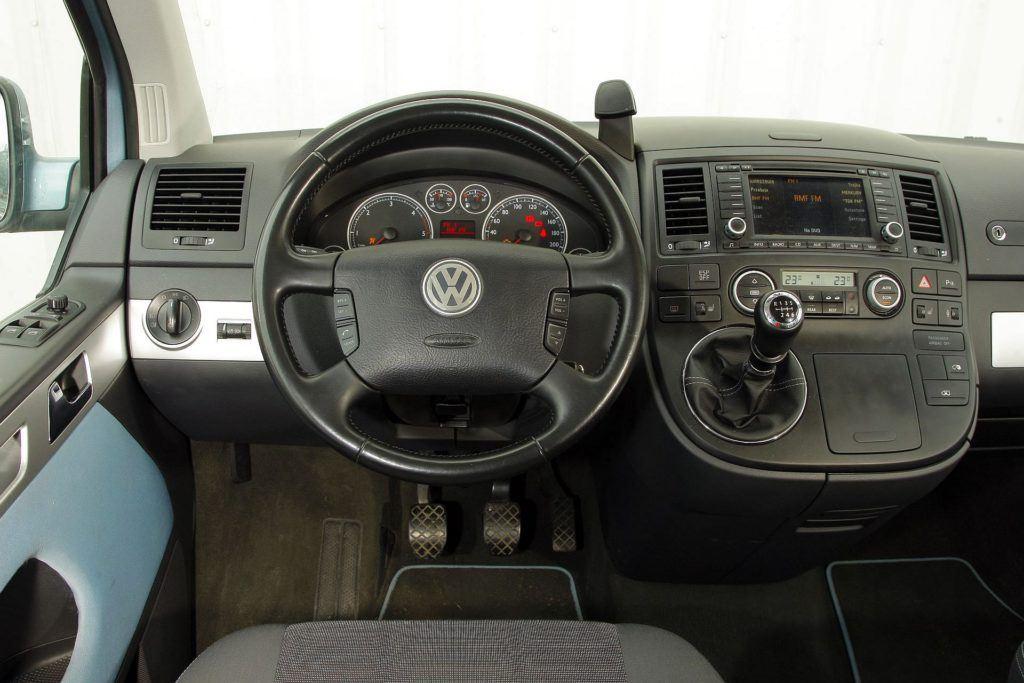 Volkswagen Transporter Multivan T5 36