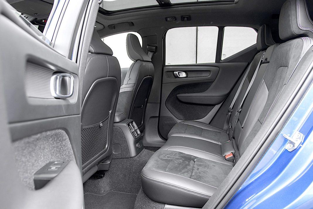 Volvo XC40 Recharge T5 FWD - kanapa
