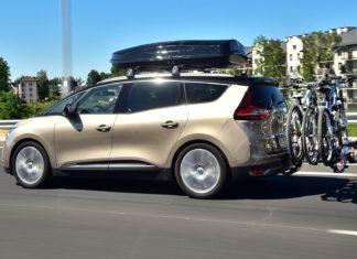 Wyjeżdżasz autem na wakacje? Odpowiednio się przygotuj!