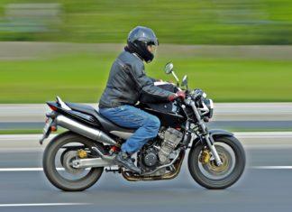 Będzie zakaz jazdy motocyklem w weekendy?