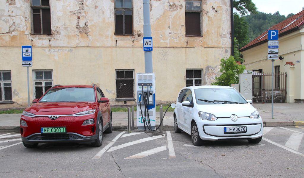 Ładowanie aut elektrycznych na Litwie