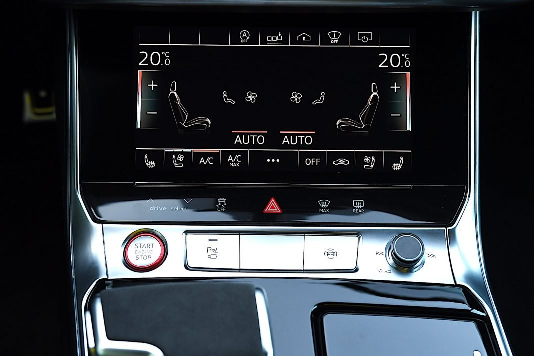 Audi RS 6 Avant – panel klimatyzacji