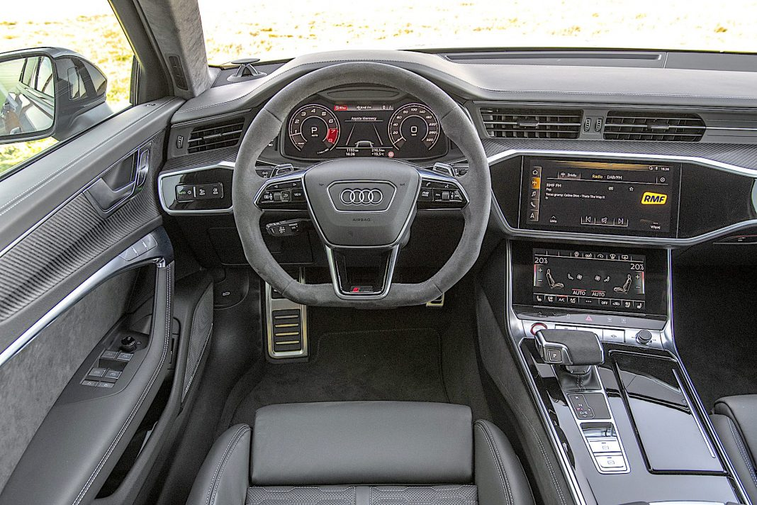 Audi RS 6 Avant – kokpit