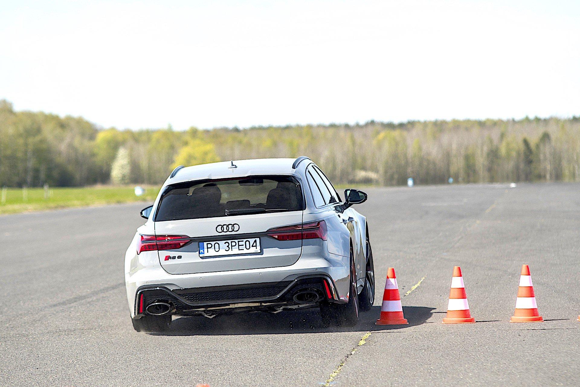 Audi RS 6 Avant – slalom