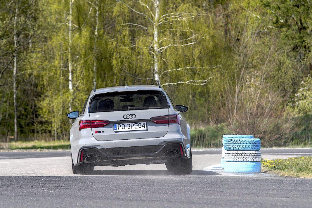 Audi RS 6 Avant – zakręt