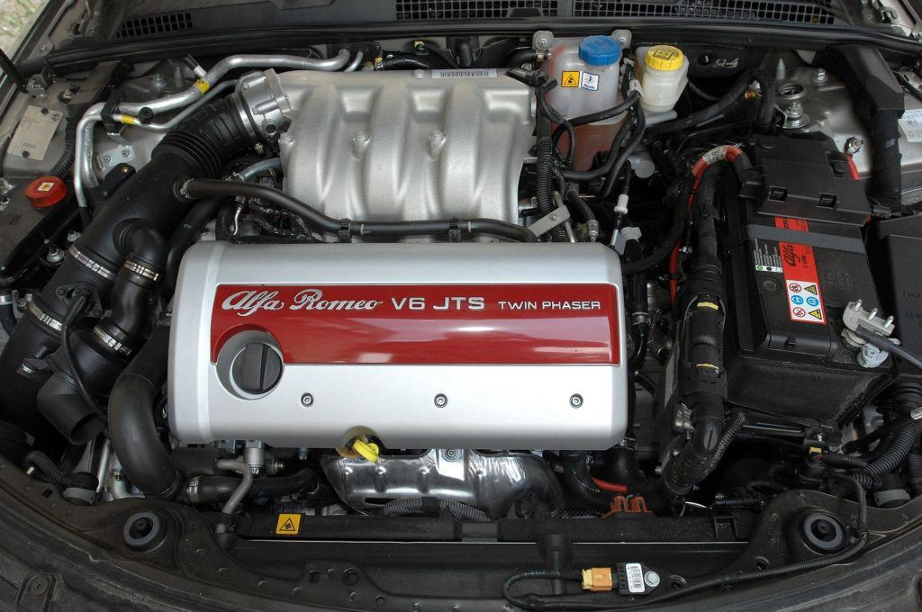 ALFA ROMEO 159 Q4 3.2JTS V6 260KM 6MT SB91321 05-2007