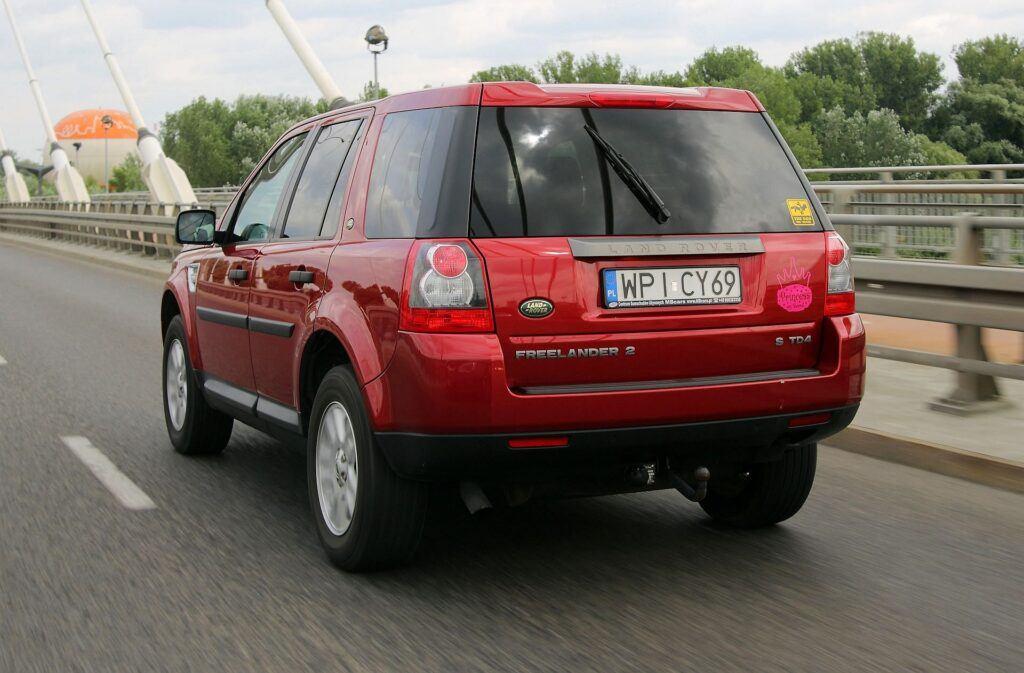 Land Rover Freelander 2 03
