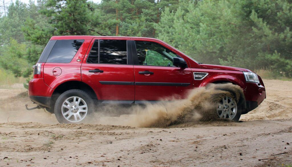 Land Rover Freelander 2 04