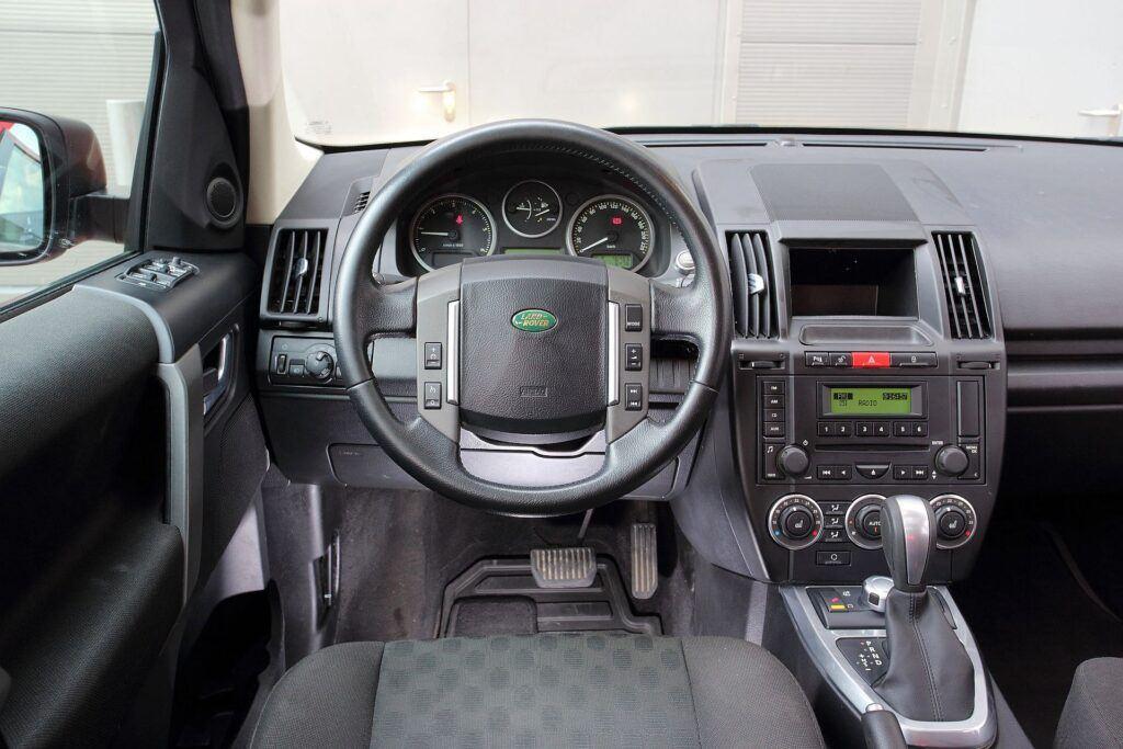 Land Rover Freelander 2 05