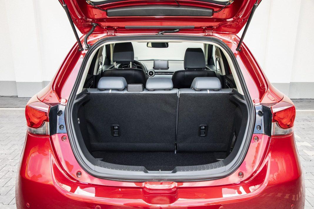 Mazda 2 1.5 Skyactiv-G M Hybrid test 2020 - bagażnik