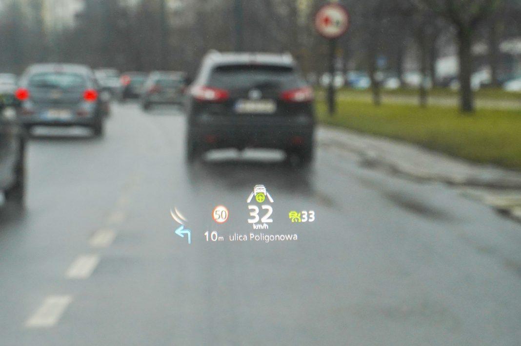 Mazda CX-30 - ekran head-up