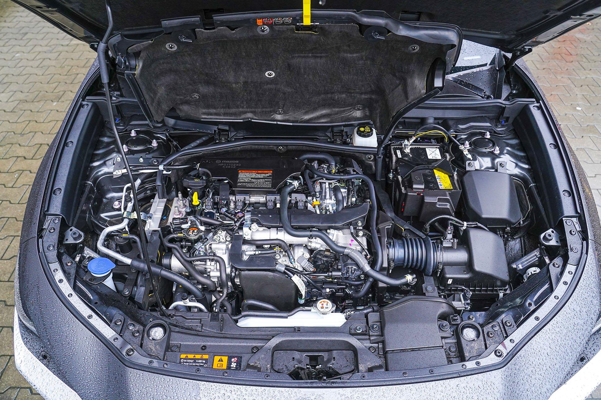 Mazda CX-30 - silnik2