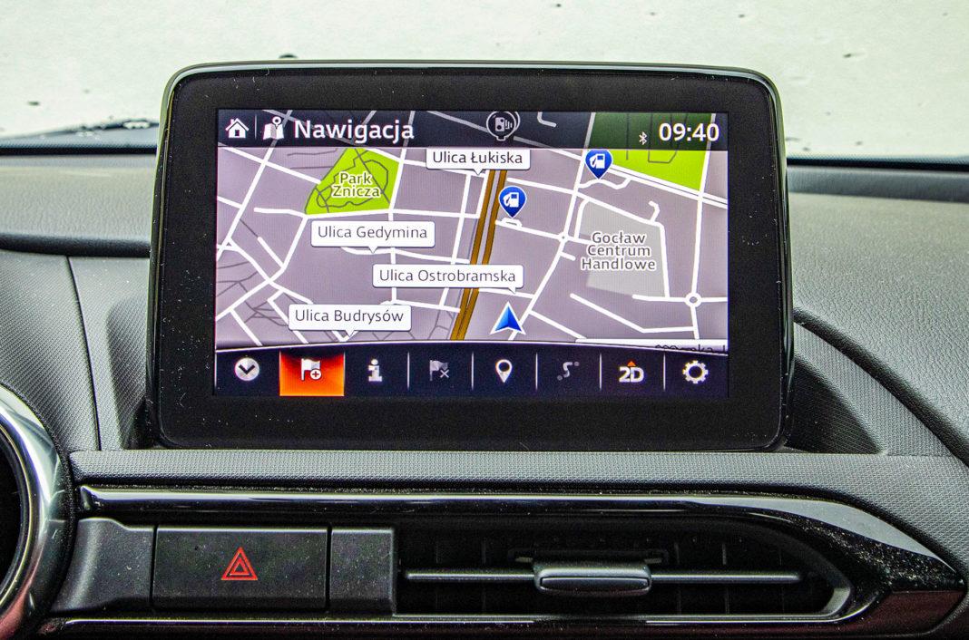 Mazda MX-5 RF - ekran centralny
