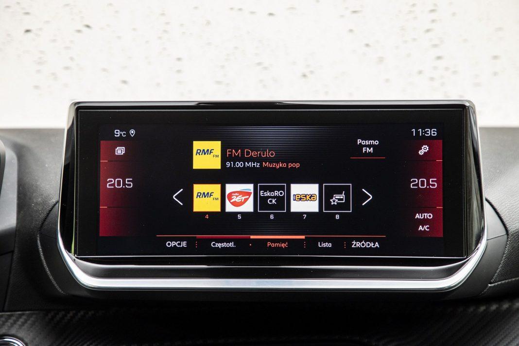 Peugeot 208 1.2 PureTech 100 - system multimedialny