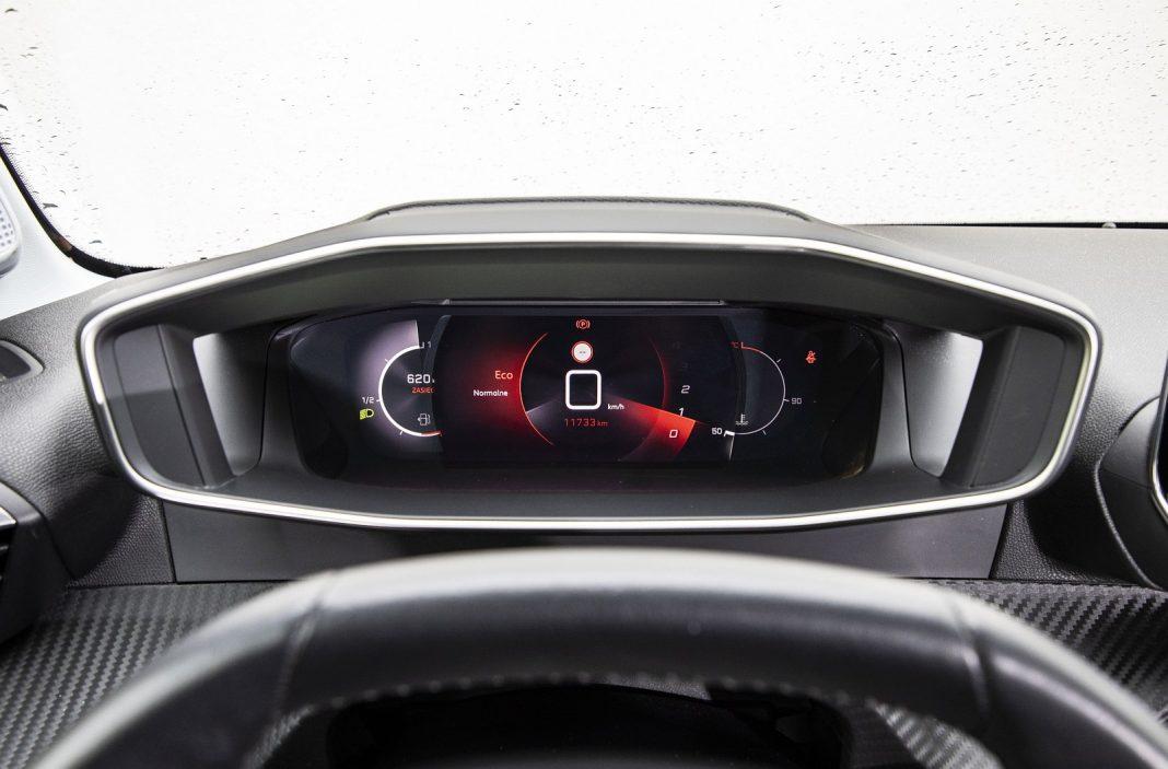 Peugeot 208 1.2 PureTech 100 - zegary