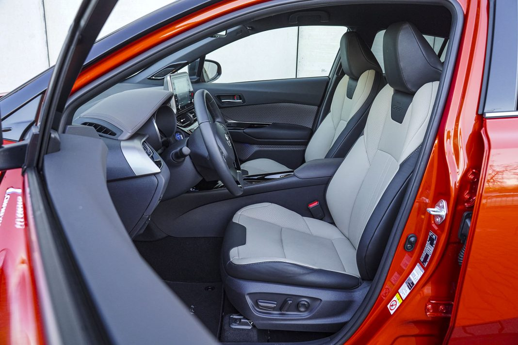 Toyota C-HR - fotele