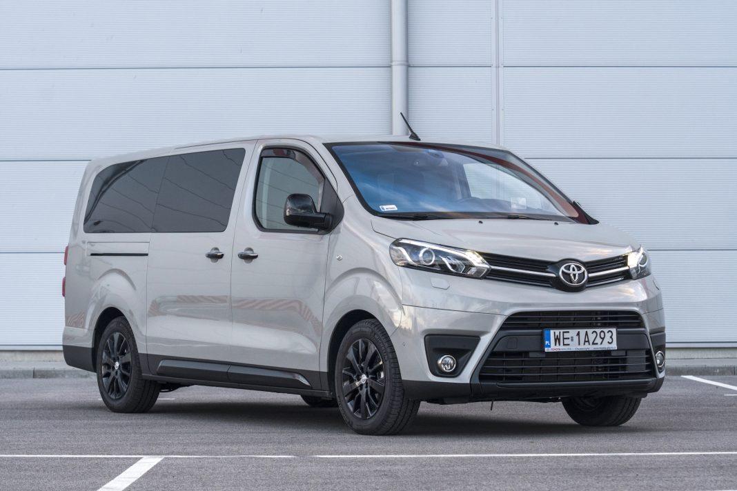 Toyota Proace - bok